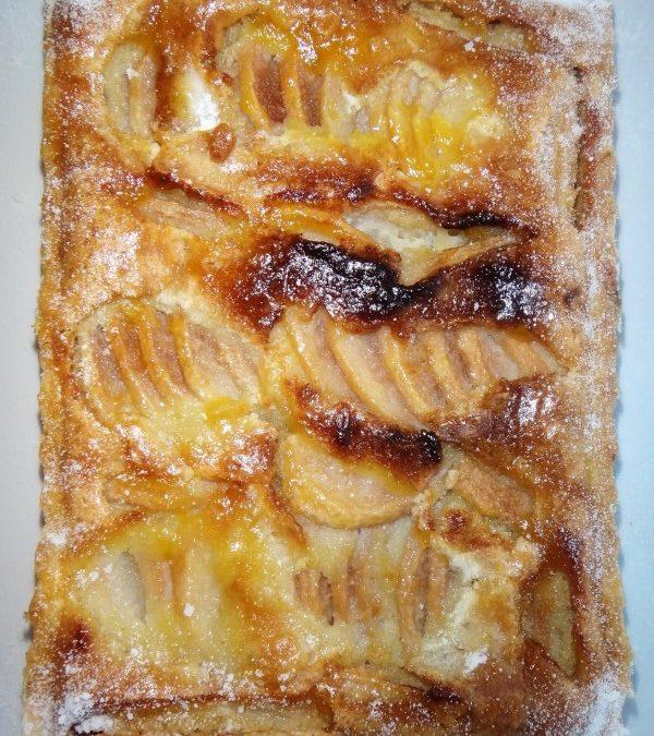 Torta de pêras c/ recheio de creme de amêndoas (Tarte aux poires)