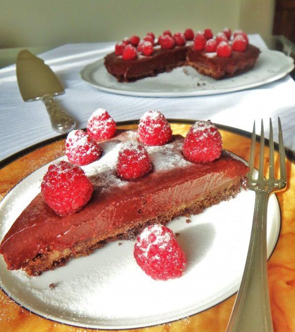 Torta de chocolate e framboesas